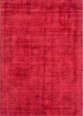 Preproga rdeče barve